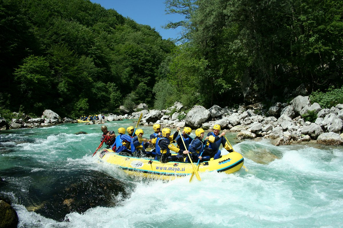 family-escape-active-holiday-rafting-maya-team.jpg