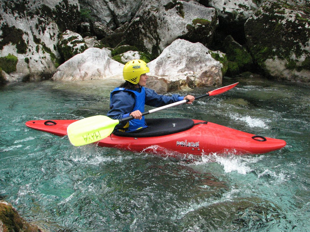 family-escape-active-holiday-kayak-canyoning-maya-team.jpg