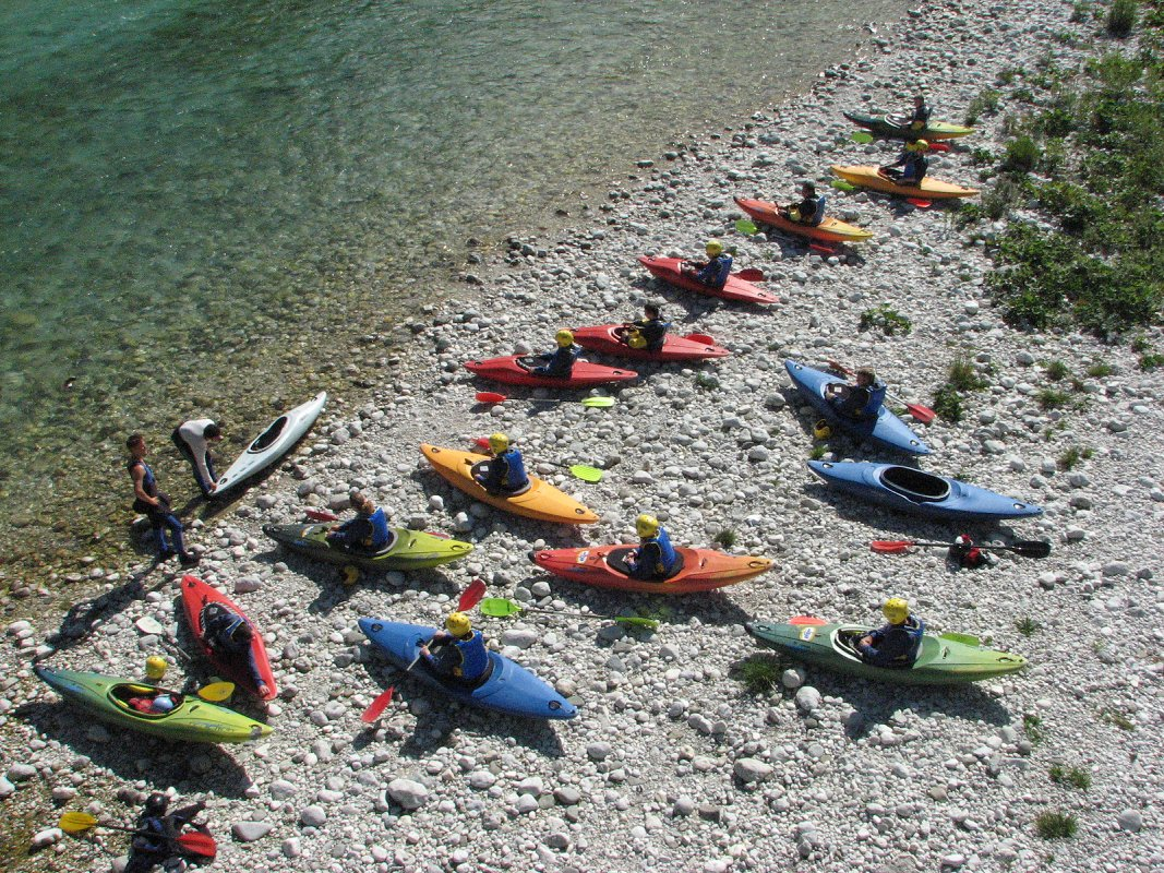 mountain-paradise-active-holidays-kayak-maya-team.jpg