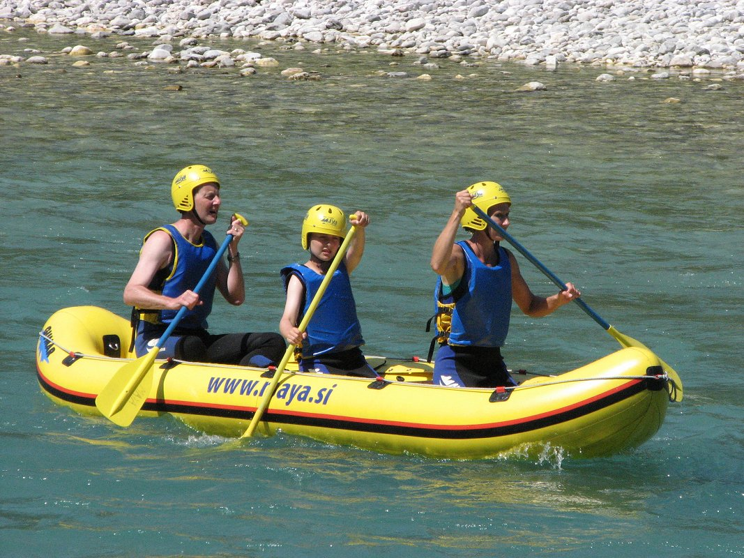Mini-rafting-Kamno3-Maya-team.jpg