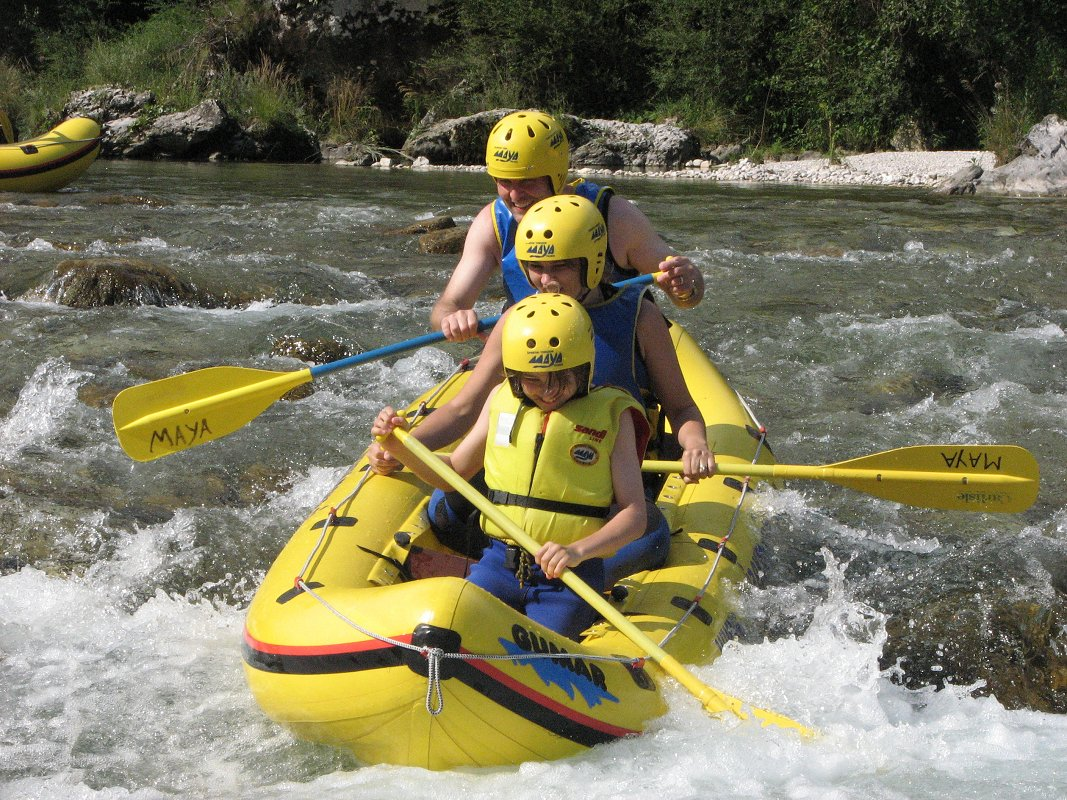 Mini-rafting-Kamno2-Maya-team.jpg