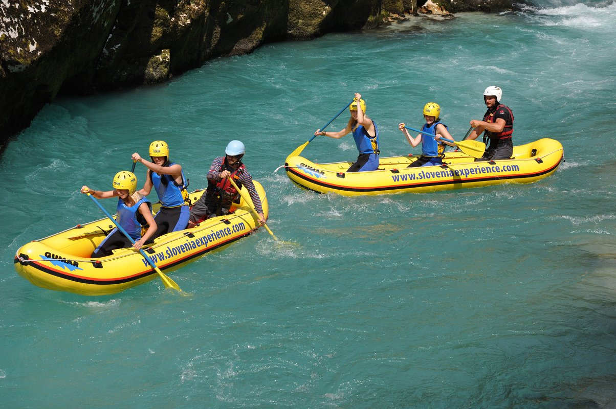mini-rafting-with-bbq1-Maya-team.jpg