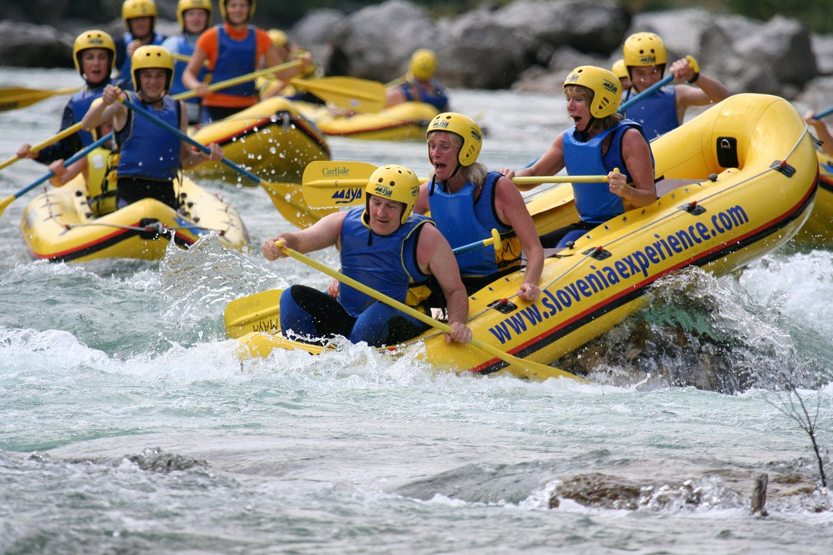 mini-rafting-with-bbq2-Maya-team.jpg