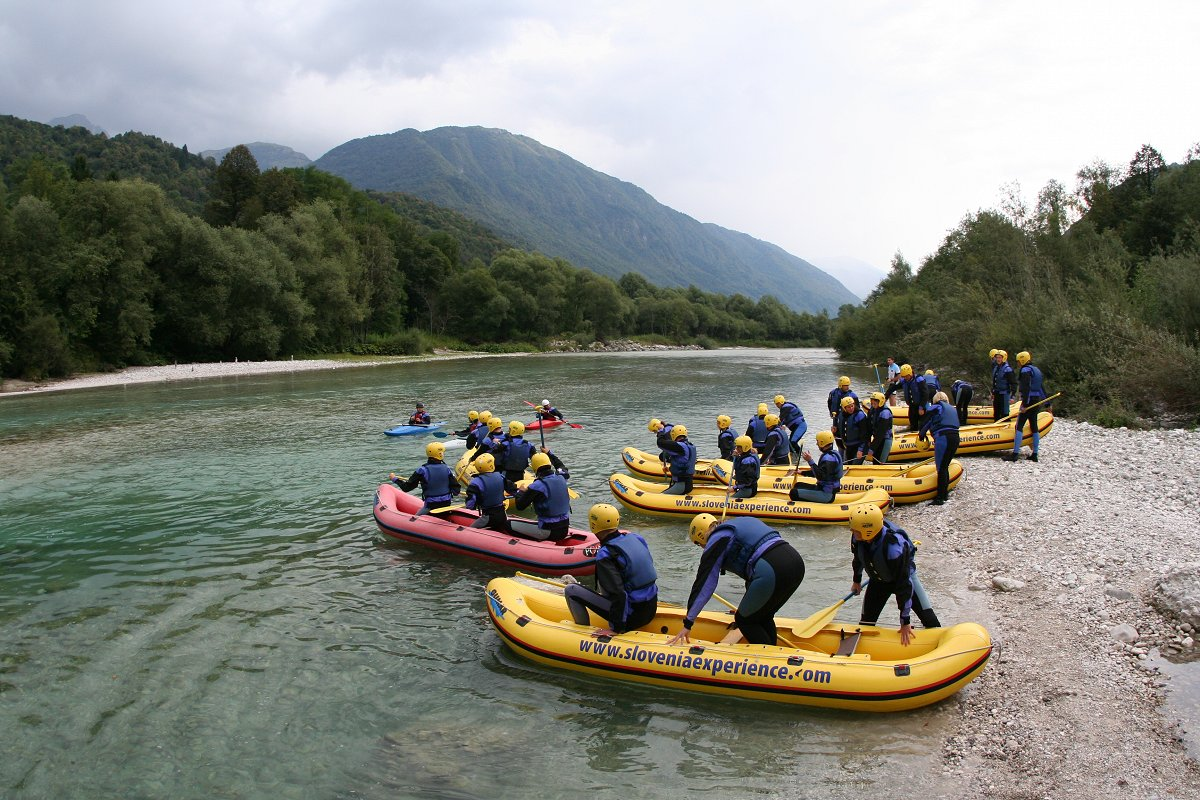 mini-rafting-with-bbq3-Maya-team.jpg