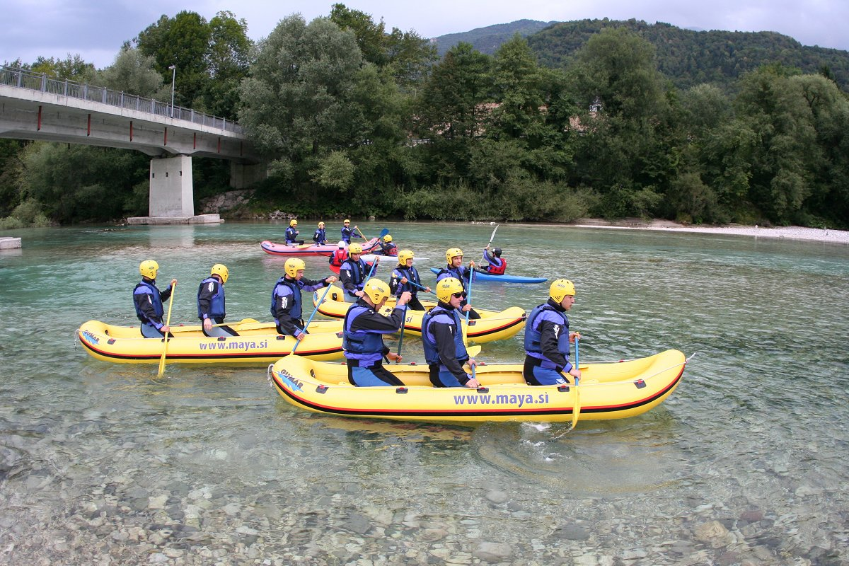 mini-rafting-s-piknikom-Maya-team.jpg